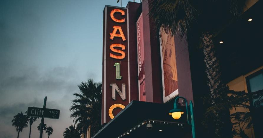 Online-kasino vs. Maapohjainen kasino - Tunne edut